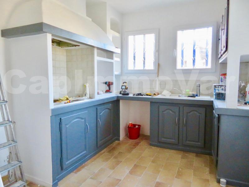 Rental house / villa Le beausset 810€ CC - Picture 3