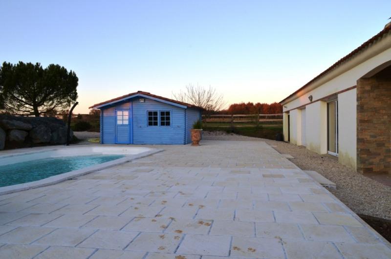 Vente maison / villa Fontenay le comte 240000€ - Photo 1