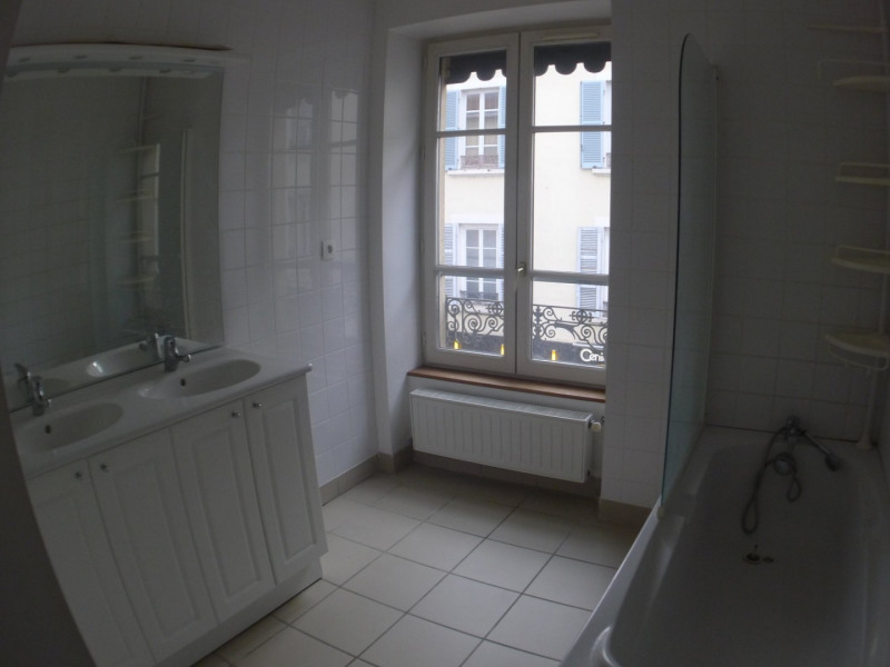Investment property building Oullins 1 100 000€ - Picture 9