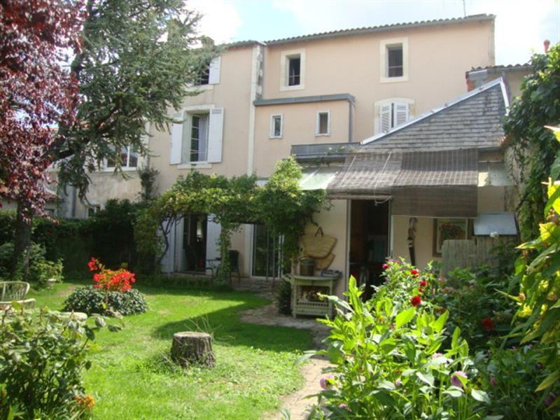 Vente maison / villa Saint-jean-d'angély 327050€ - Photo 12