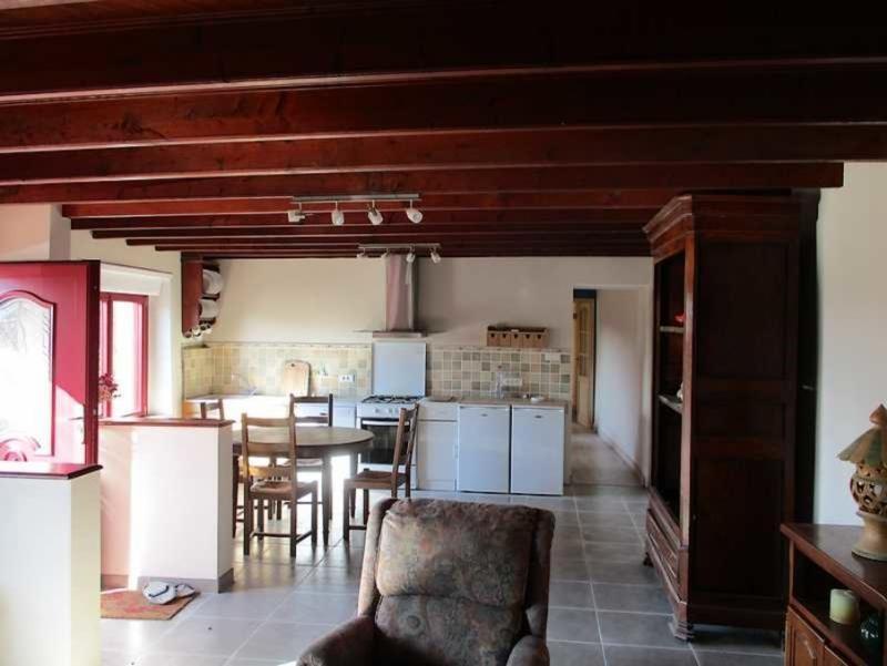 Sale house / villa Peumerit quintin 254400€ - Picture 4