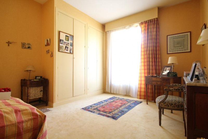 Deluxe sale apartment Saint germain en laye 1 120 000€ - Picture 5