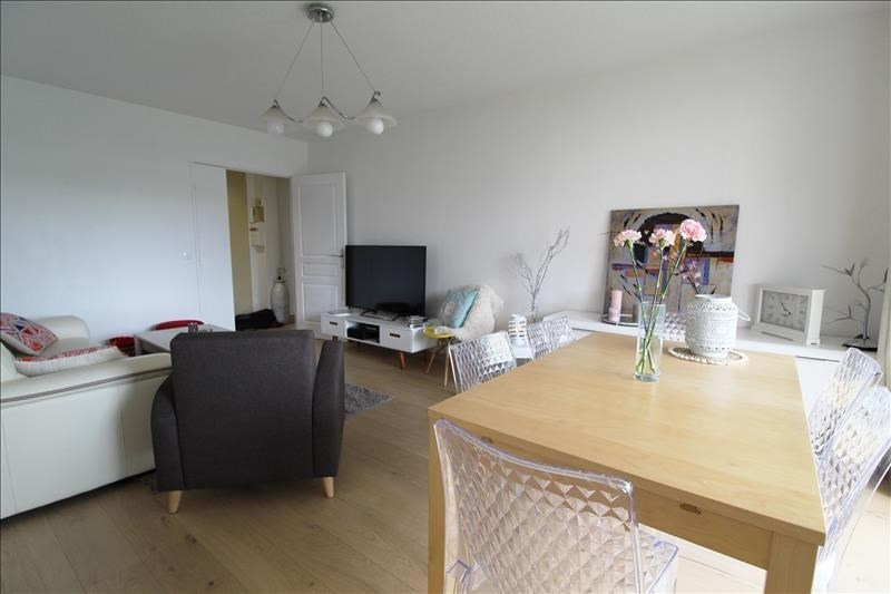 Sale apartment Elancourt 216000€ - Picture 1