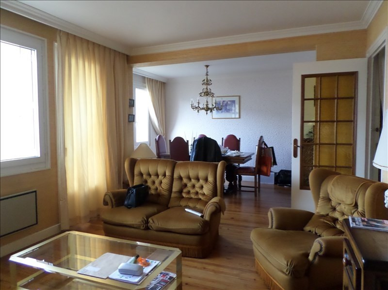 Sale apartment Oyonnax 120000€ - Picture 1