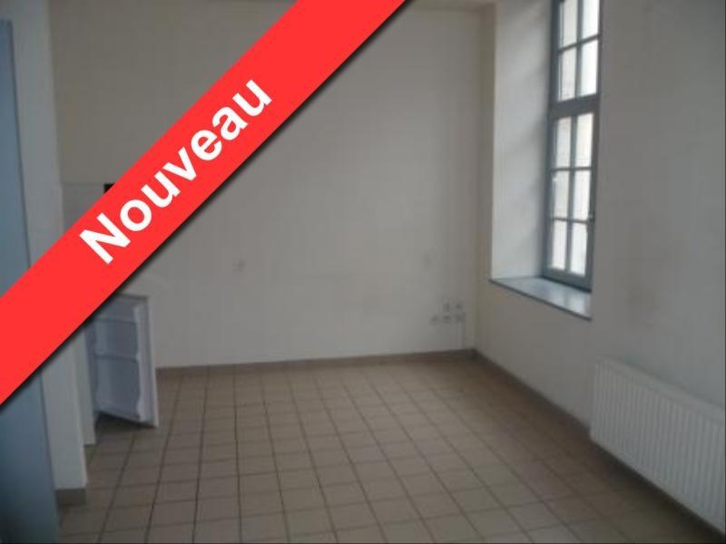 Location appartement Aire sur la lys 330€ CC - Photo 2