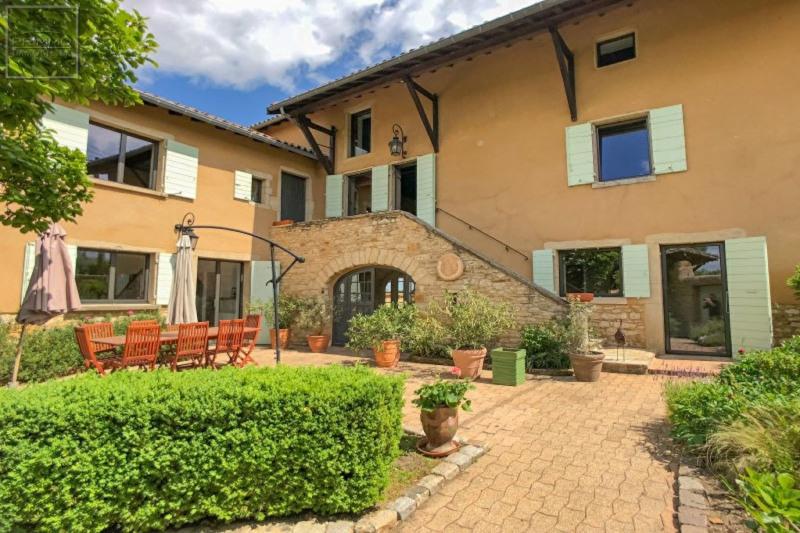 Deluxe sale house / villa Lissieu 799000€ - Picture 2