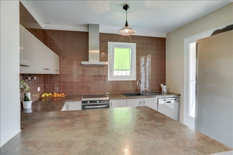 Vente maison / villa Hyères 590000€ - Photo 4
