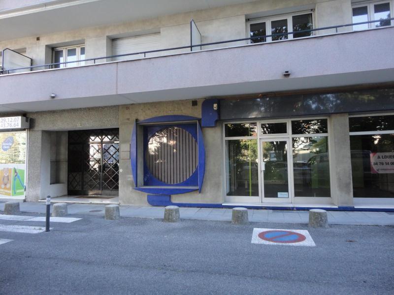 Location boutique Grenoble 895€ CC - Photo 9