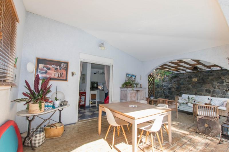Deluxe sale house / villa Saint gilles les bains 570000€ - Picture 1