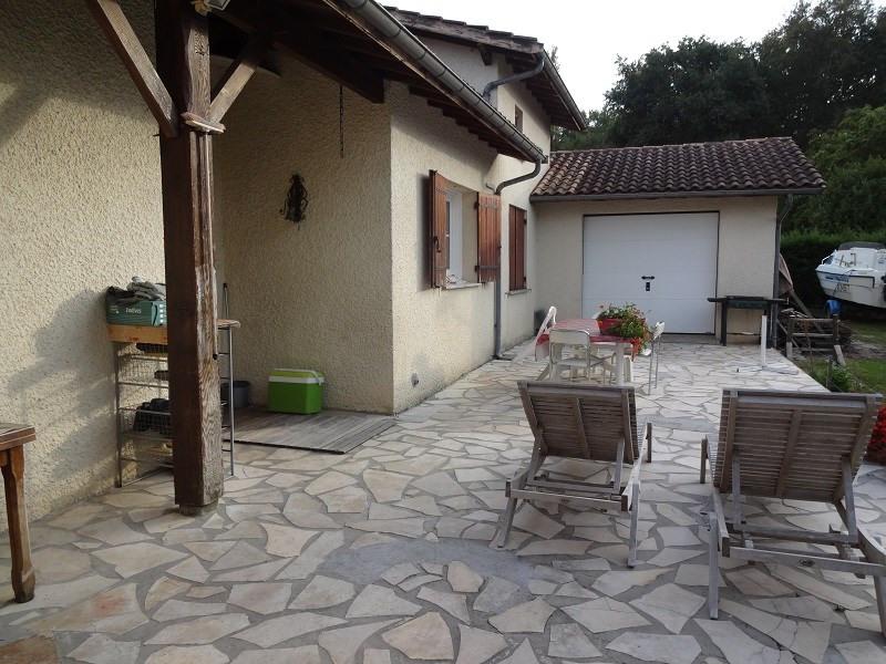 Location maison / villa La brède 900€ CC - Photo 3