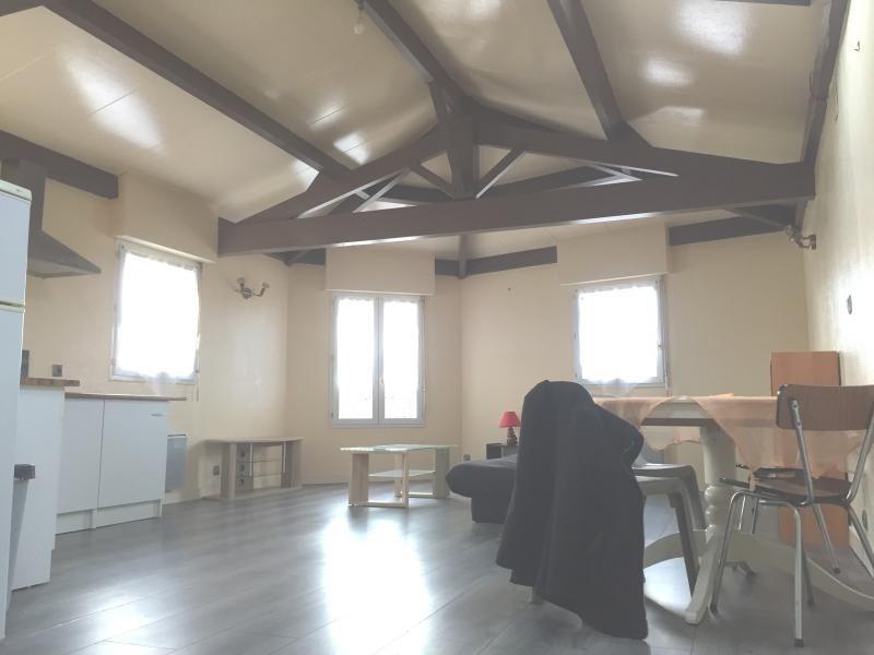 Revenda edifício Surgeres 169855€ - Fotografia 3