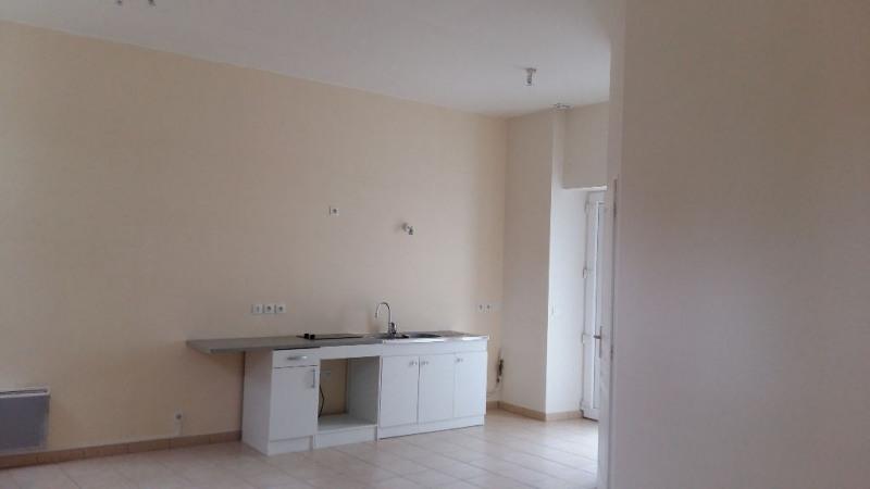 Locação apartamento Ballainvilliers 545€ CC - Fotografia 3