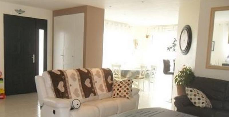Sale house / villa Quintin 211650€ - Picture 4