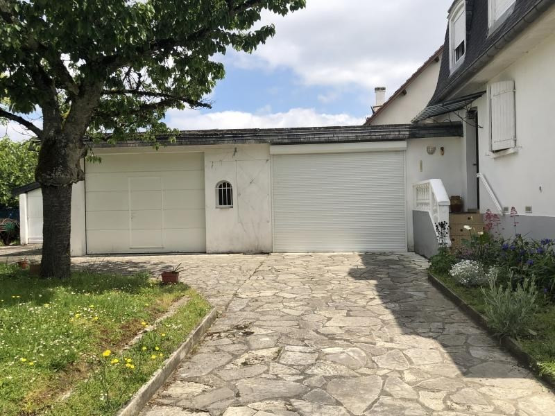 Sale house / villa Bizanos 316500€ - Picture 3
