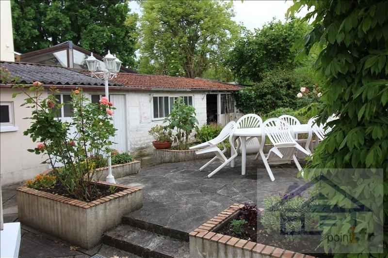 Sale house / villa Mareil-marly 680000€ - Picture 4