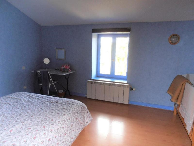 Sale house / villa Ceignes 239000€ - Picture 7