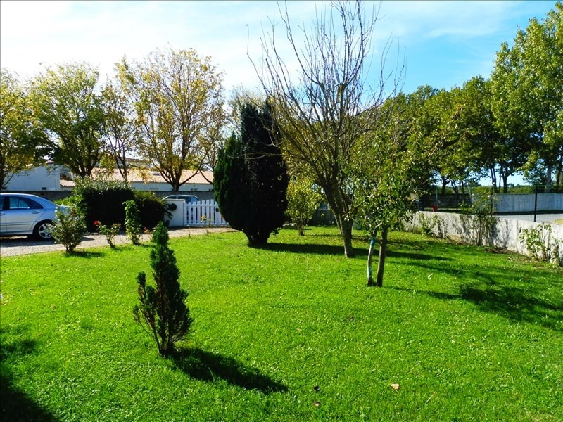 Sale house / villa Barzan 208650€ - Picture 3