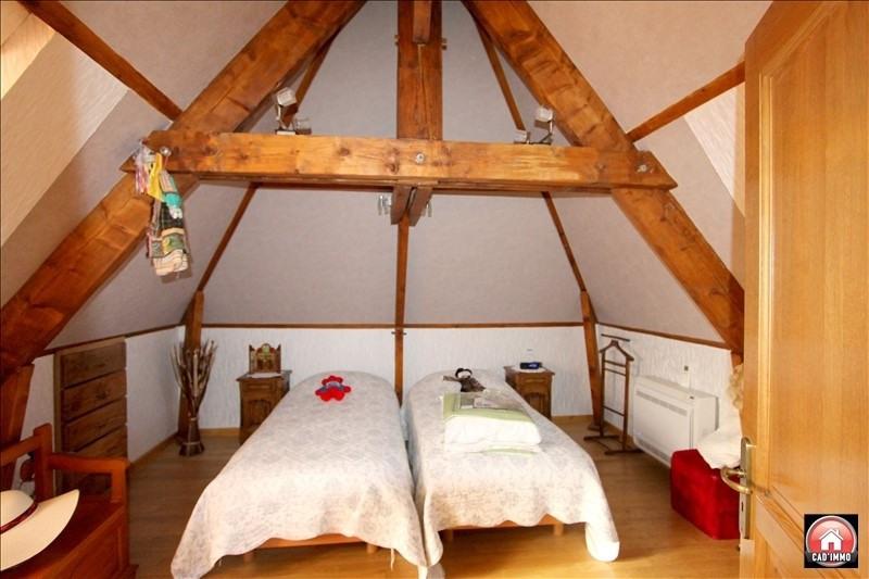 Sale house / villa St jean d eyraud 318000€ - Picture 6