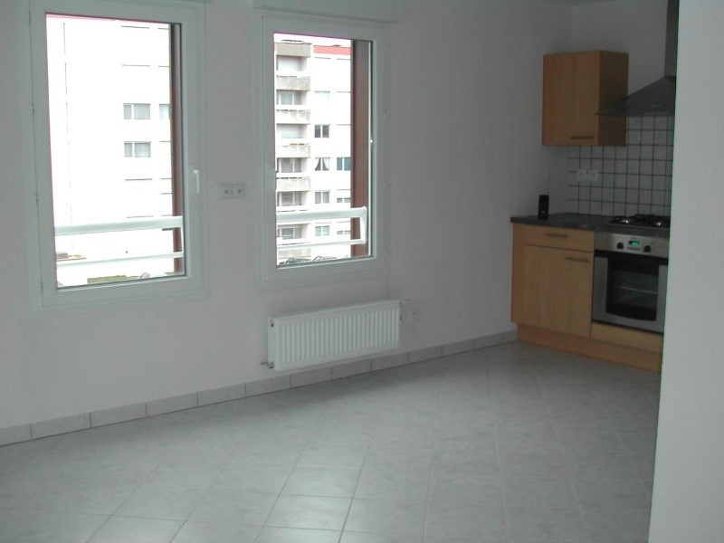 Location appartement La roche-sur-foron 990€ CC - Photo 3