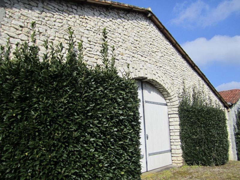 Sale house / villa Barbezieux-saint-hilaire 250000€ - Picture 10