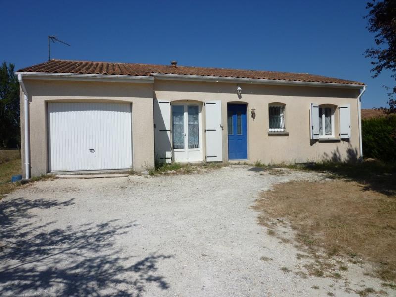 Location maison / villa Louzac saint andre 730€ CC - Photo 1