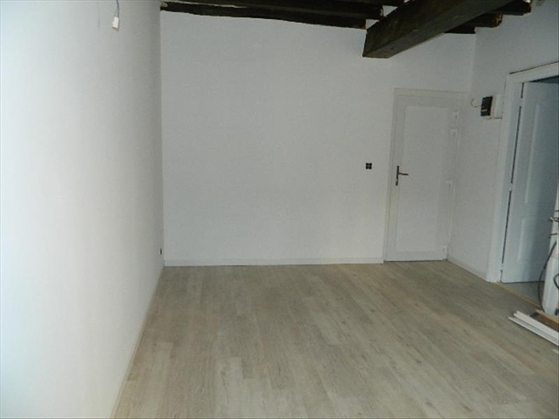 Verkoop  appartement Epernon 70850€ - Foto 1