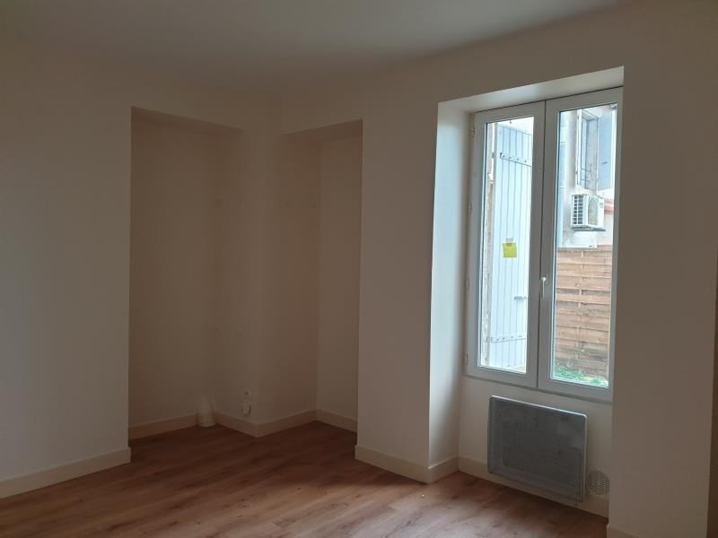 Location appartement La creche 430€ CC - Photo 3