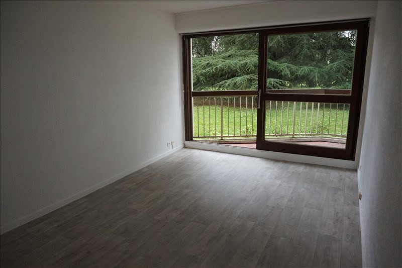 Rental apartment Talence 555€ CC - Picture 1