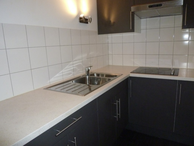 Location appartement Asnieres sur seine 793€ CC - Photo 5