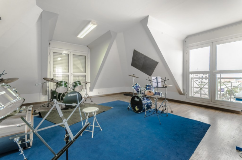 Rental empty room/storage Saint pierre 555€ HC - Picture 2