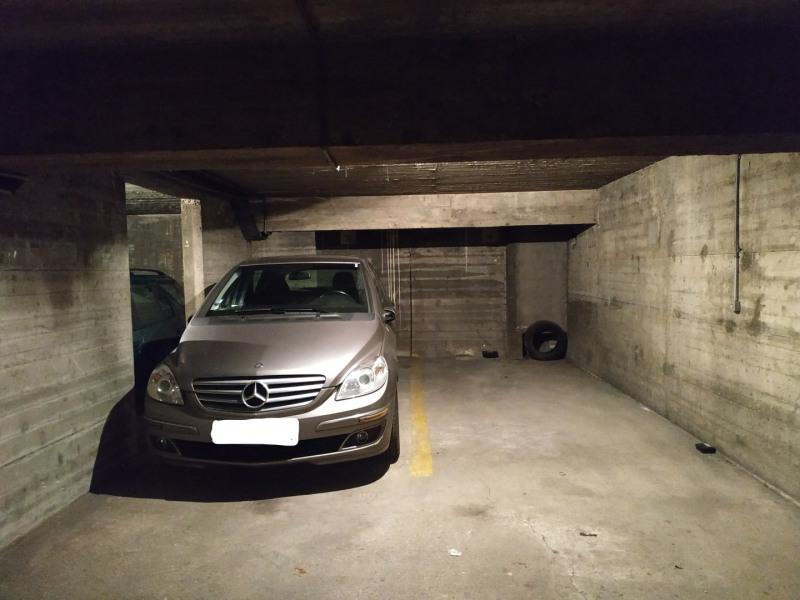 Rental parking spaces Paris 11ème 80€ CC - Picture 2