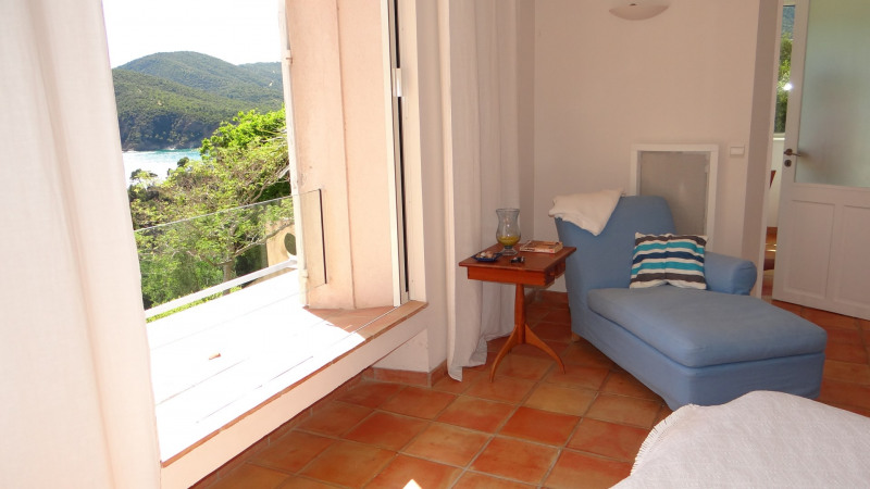 Vacation rental house / villa Cavalaire sur mer 3 800€ - Picture 35