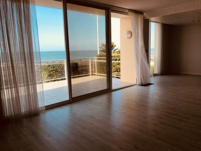 Deluxe sale house / villa Chateau d'olonne 788000€ - Picture 2