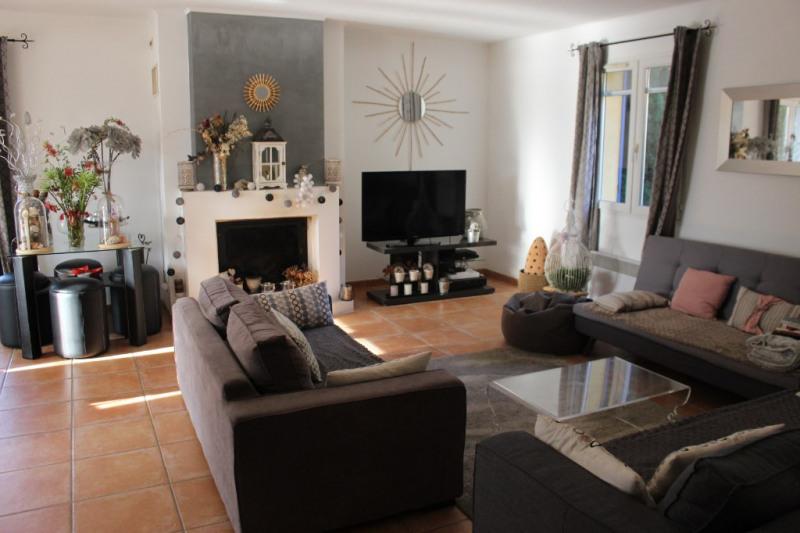 Revenda residencial de prestígio casa Lambesc 580000€ - Fotografia 3
