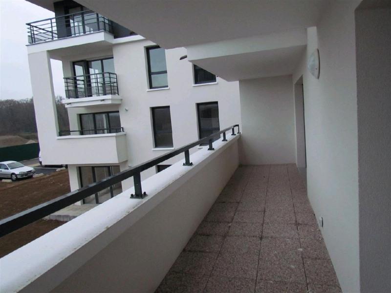 Rental apartment Ferrieres 749€ CC - Picture 5