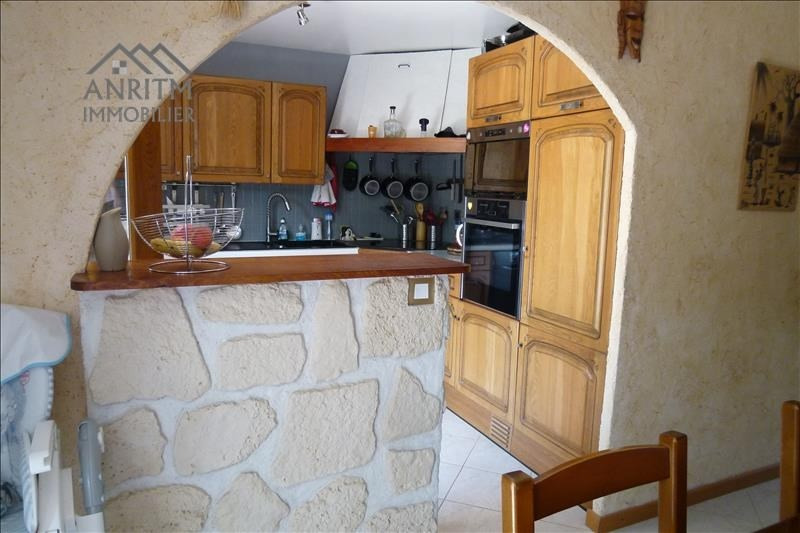 Sale house / villa Plaisir 307650€ - Picture 5