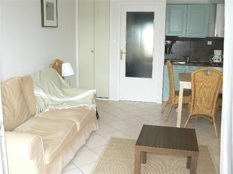 Vacation rental apartment Bandol 320€ - Picture 5