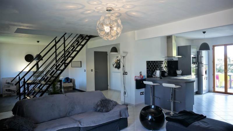 Revenda casa Breval 235000€ - Fotografia 1