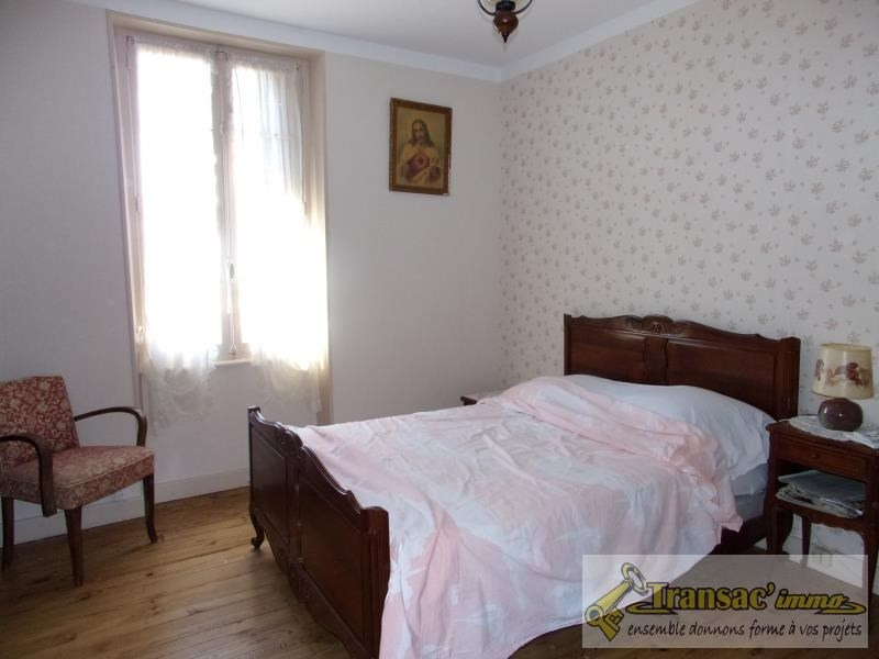 Sale house / villa Escoutoux 97 650€ - Picture 4