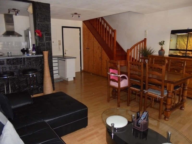 Sale apartment Cluses 146000€ - Picture 1