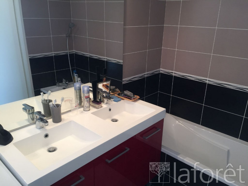Vente appartement Bourgoin jallieu 229 900€ - Photo 7