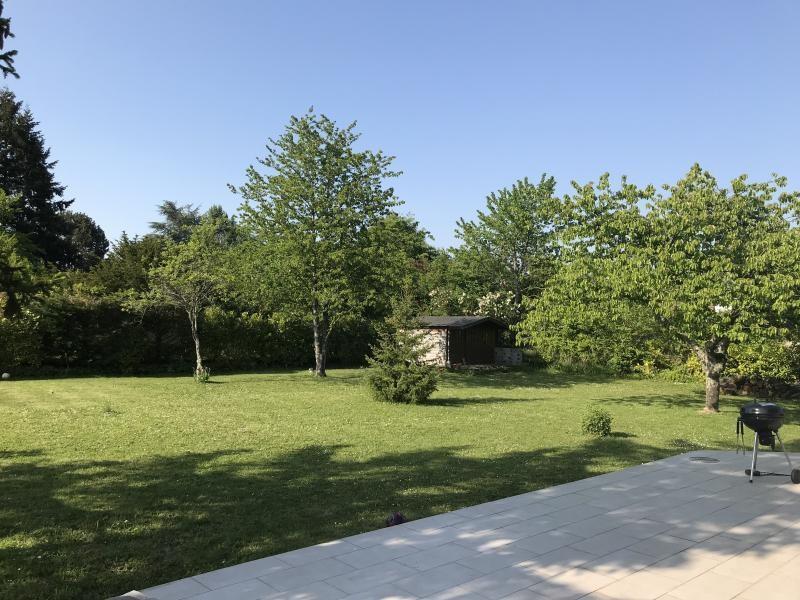 Sale house / villa La chaussee saint victor 238500€ - Picture 9