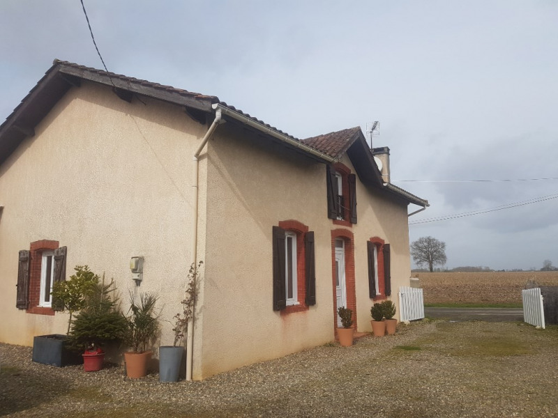 Location maison / villa Saint agnet 800€ CC - Photo 1