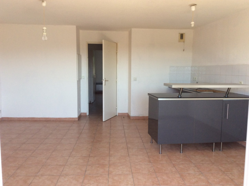 Rental apartment Fréjus 755€ CC - Picture 1