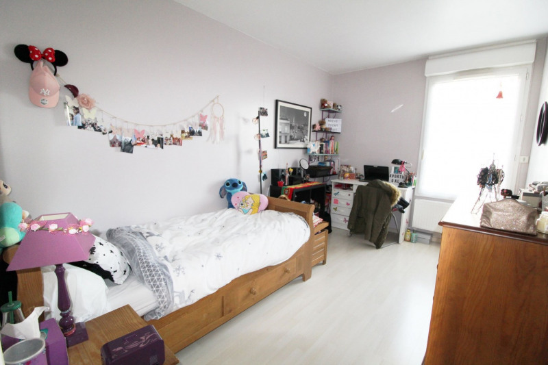 Sale apartment Maurepas 211000€ - Picture 6