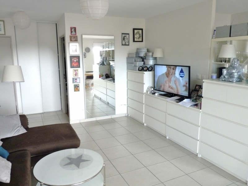 Rental apartment Ste foy les lyon 799€ CC - Picture 4