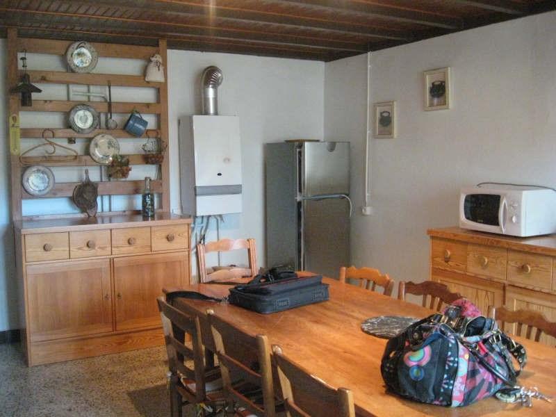 Location maison / villa Beligneux 650€ CC - Photo 2