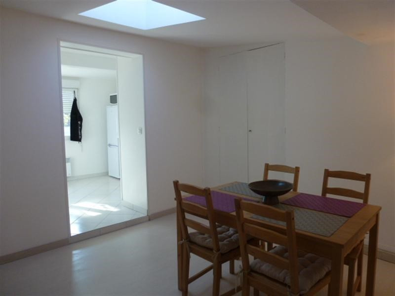 Rental apartment Fontainebleau 1 013€ CC - Picture 5