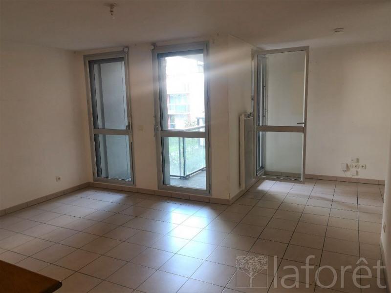 Location appartement Bordeaux 897€ CC - Photo 2
