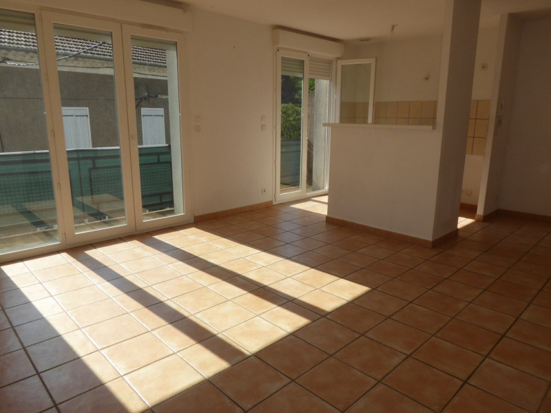 Location appartement Asperjoc 405€ CC - Photo 1